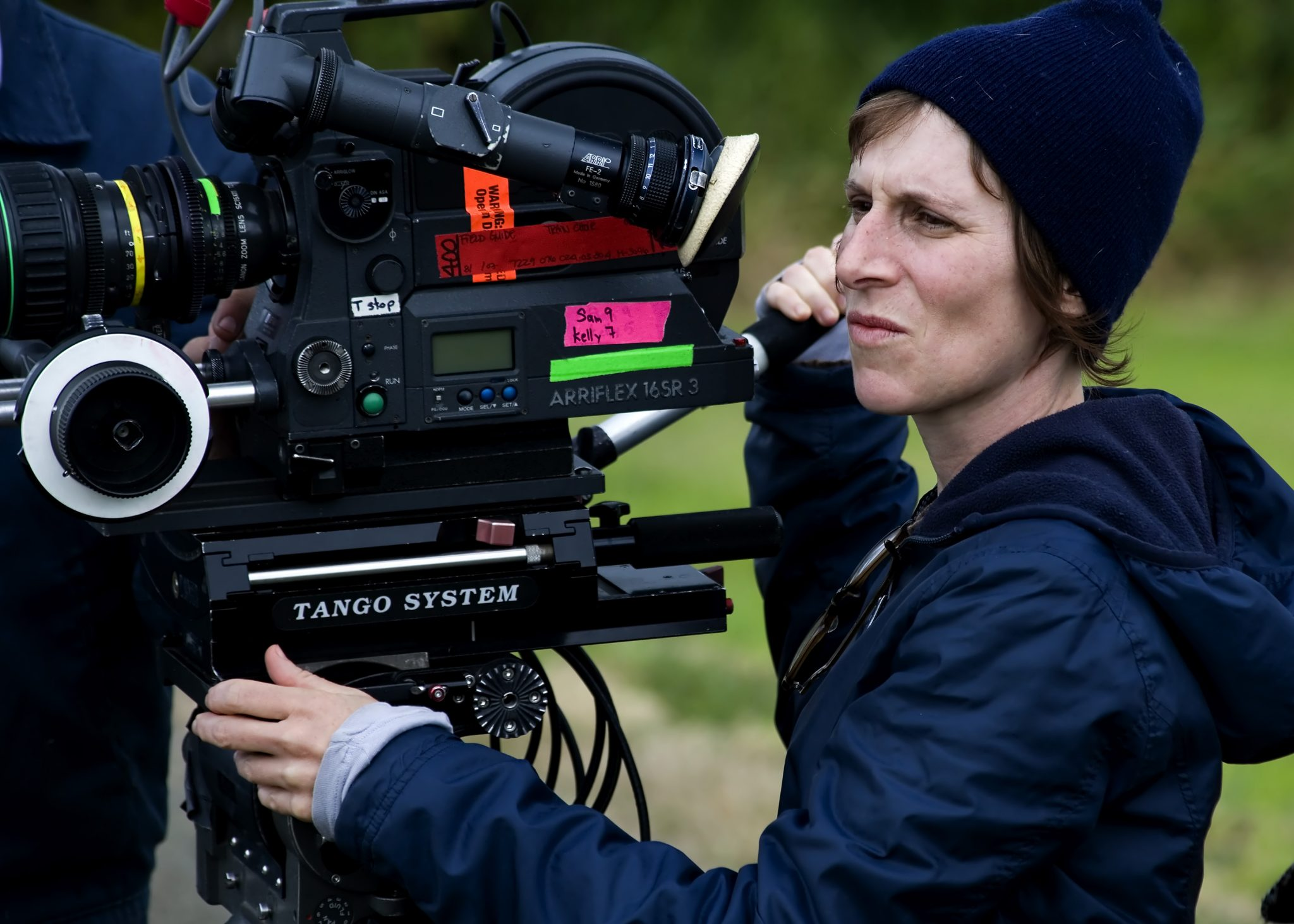 Kelly Reichardt on the set of WENDY AND LUCY